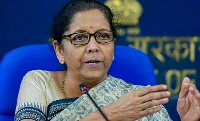 सरकार अर्थव्यवस्था को फिर से पटरी पर लाने के लिए और उपाय कर रही:  निर्मला सीतारमन्