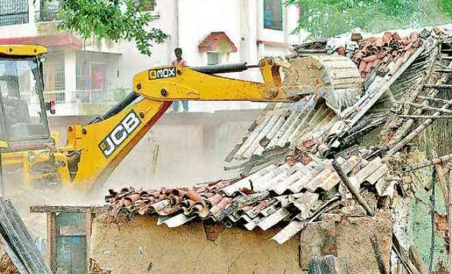 कुशीनगर में अतिक्रमण से विकास कार्य बाधित