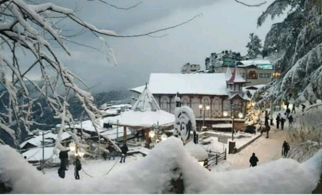 जम्मू कश्मीर, हिमाचल प्रदेश और उत्तराखंड के अनेक भागों में भारी बर्फबारी, उत्तर भारत में भी शीतलहर का प्रकोप