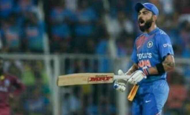 कटक के बाराबती स्टेडियम में भारत ने वेस्टइंडीज को चार विकेट से हराकर 2-1 से श्रृंखला किया अपने नाम