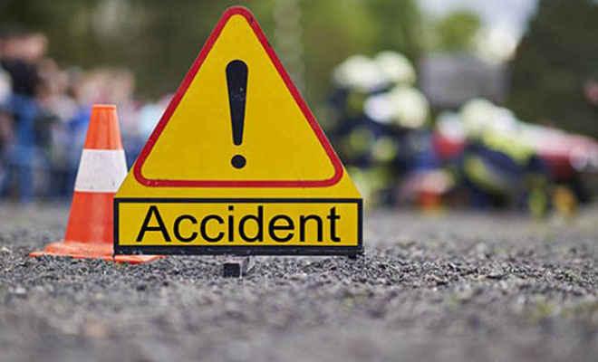 मोतिहारी के मधुबन में ट्रक्टर ने बाइक सवार को मारी टक्कर, शिवहर के दो घायल, पटना रेफर