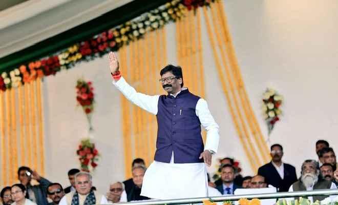 झारखंड की कमान हेमंत सोरेन ने दूसरी बार संभाली, शपथ ग्रहण में राहुल गांधी समेत देशभर के विपक्षी नेताओं का जमावड़ा