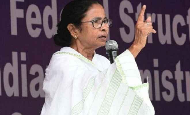 ममता ने कहा, योगी यूपी संभालें, उन्हें बंगाल में आने की जरूरत नहीं