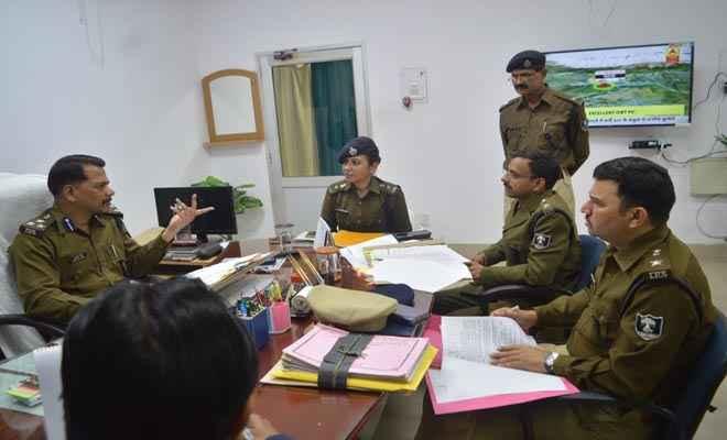 दरभंगा जिला के 11 पुलिस पदाधिकारी सहित 73 पुलिसकर्मियो का तबादला