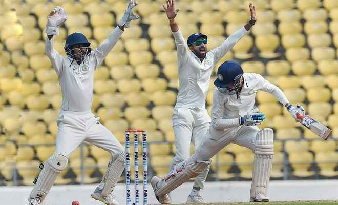 रणजी ट्रॉफी: विदर्भ ने लगातार दूसरी बार खिताब जीतकर रचा इतिहास, सरवटे ने लिए 11 विकेट