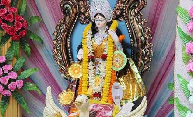 बसंत पंचमी  2019: सरस्वती पूजा के दौरान पढ़ें ये वंदना, आरती और गीत
