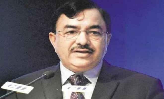 सीबीडीटी अध्यक्ष सुशील चंद्रा को चुनाव आयुक्त नियुक्त किया गया