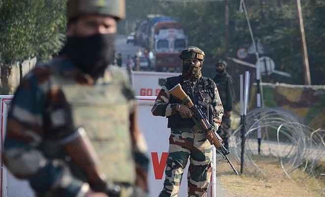 एलओसी के पास राजौरी में धमाका, सेना का एक अफसर शहीद