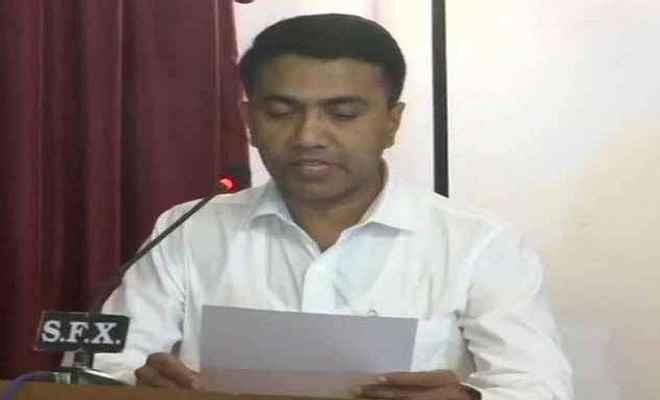 प्रमोद सावंत बने गोवा के नए मुख्यमंत्री, दो उप मुख्यमंत्रियों ने भी ली शपथ