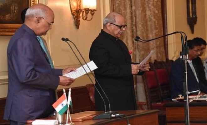 राष्ट्रपति कोविंद ने न्यायमूर्ति पिनाकी चंद्र घोष को लोकपाल प्रमुख के रूप में दिलाई शपथ