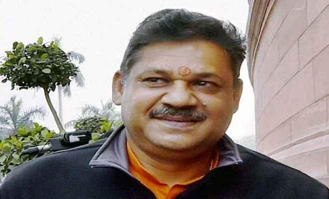 भाजपा छोड़ कांग्रेस में शामिल हुए कीर्ति आजाद को धनबाद से मिला टिकट