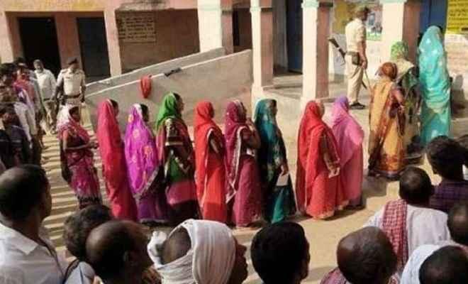 बिहार में 4 सीटों के नक्सल प्रभावित 15 विधानसभा क्षेत्रों में मतदान संपन्न