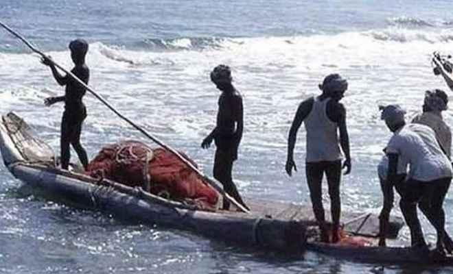 पाकिस्तान ने सद्भावना के रूप में 100 और भारतीय मछुआरों को किया रिहा
