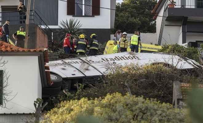 पुर्तगाल: टूरिस्ट बस पलटने से 29 लोगों की मौत, कई घायल