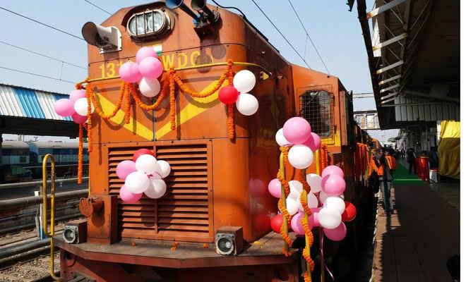 28 मई को वैष्णो देवी दर्शन को रक्सौल से खुलेगी आस्था सर्किट स्पेशल ट्रेन, कर सकते आप भी यात्रा, जानिए कैसे करें बुकिंग