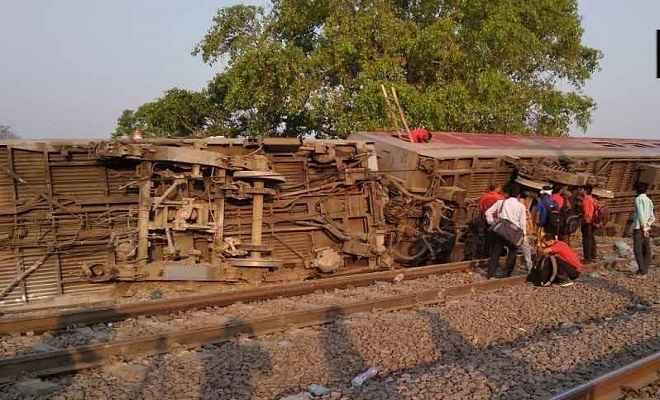 कानपुर के पास बड़ा ट्रेन हादसा, पूर्वा एक्सप्रेस के 8 डिब्बे पटरी से उतरे,  50 से अधिक लोग घायल