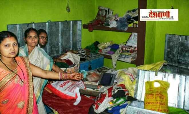नवादा के गांधी नगर मोहल्ले में एक घर से लाखों की चोरी