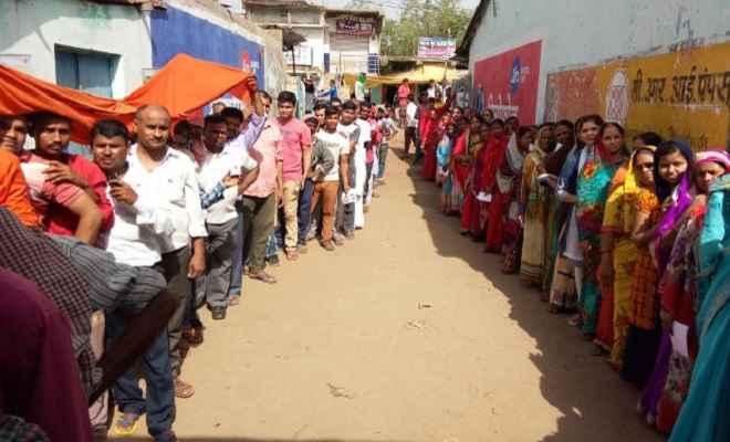 लोकसभा चुनाव: झारखंड में पहले दो घंटे में 13 प्रतिशत से अधिक मतदान