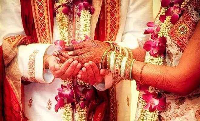 अजब प्रेम की गजब कहानी: शादी के बाद दुल्हन को लेकर फरार सनकी प्रेमी, दूल्हे की पिटाई