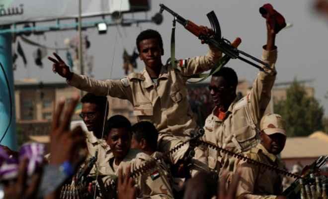 सूडान: हिंसक झड़प में एक मेजर सहित चार प्रदर्शनकारियों की गोली मारकर हत्या