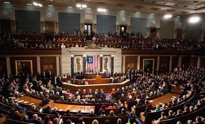अमेरिकी संसद में चीन के सैन्य वैज्ञानिकों पर रोक संबंधी विधेयक पेश