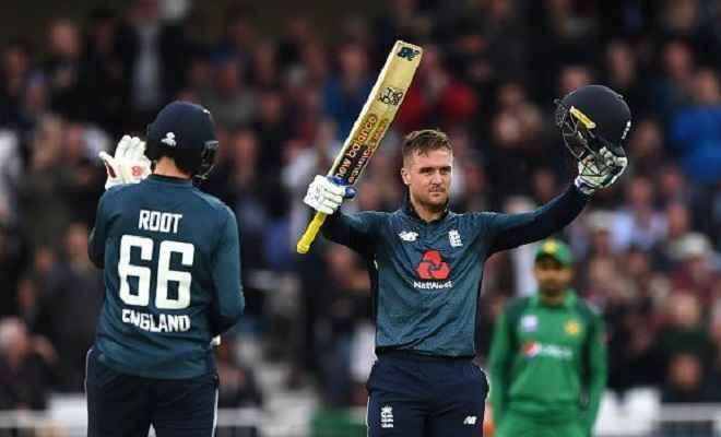 ENG vs PAK: इंग्लैंड ने चौथे एकदिनी मैच में पाकिस्तान को तीन विकेट से रौंदा, श्रृंखला में ली 3-0 की बढ़त
