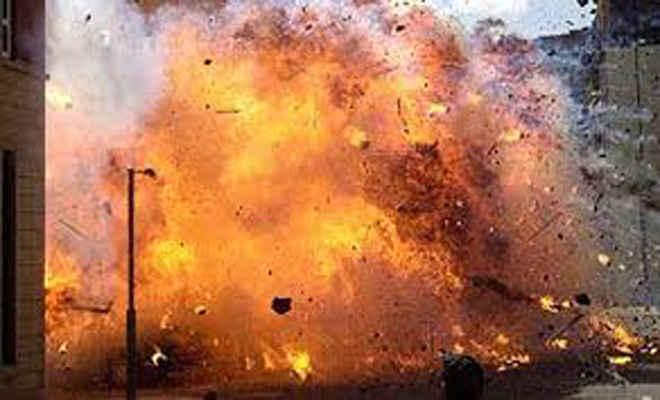 गैस रिसाव से घर में लगी आग, घर बनाने के लिए रखे तीन लाख नकद सहित पांच लाख की सम्पत्ति हुई राख