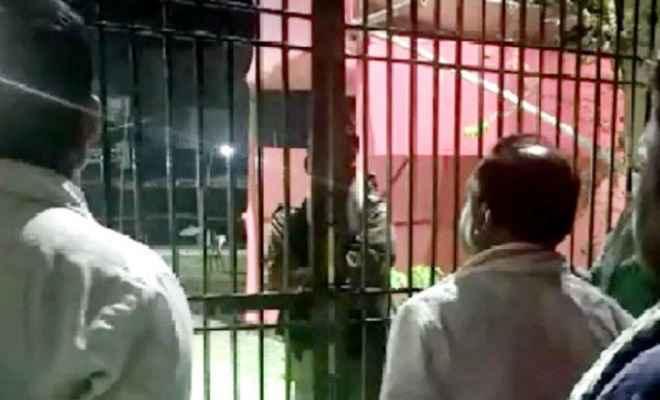 गुल हो गई हाजीपुर के स्ट्रांग रूप की बिजली, राजद उम्मीदवार ने की निर्वाचन पदाधिकारी से शिकायत