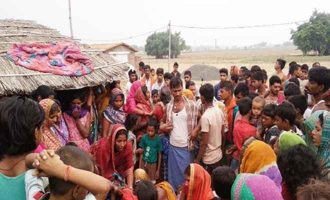 अज्ञात कारणों से एक ही परिवार के तीन लोगों की मौत, गांव में पसरा मातमी सन्नाटा