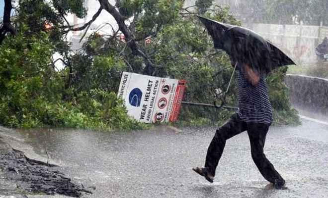 नेपाल में भयंकर आंधी-तूफान से दो की मौत, 99 घायल