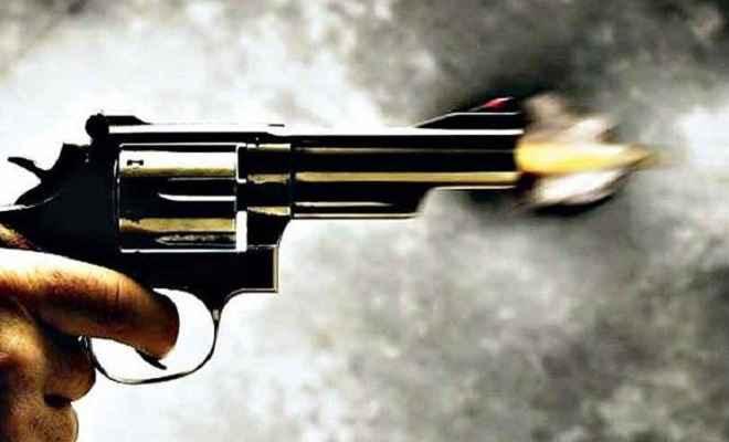 जमीनी विवाद में चली गोली, एक की मौत, पांच घायल
