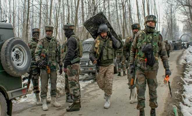 जम्मू/कश्मीर: अनतंनाग में सुरक्षाबलों और आतंकियों के बीच मुठभेड़ शुरू, पूरे इलाके की घेराबंदी