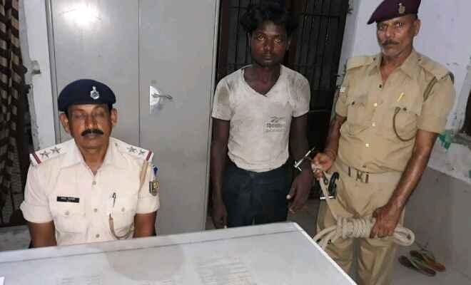 रक्सौल जीआपी ने नेपाली युवक को पकड़ा, कहा- चोरी की फिराक में था
