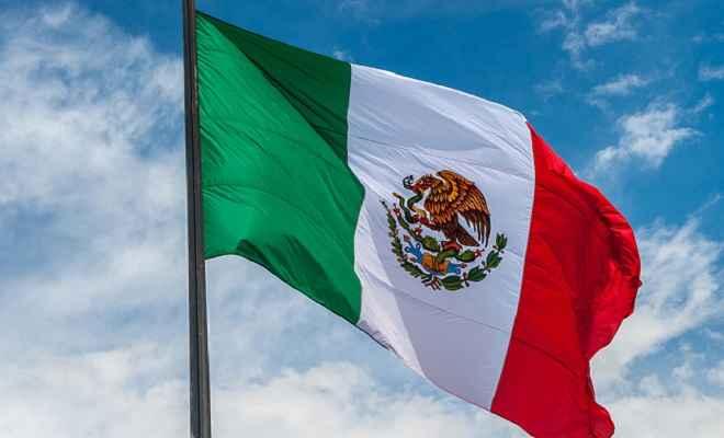 मैक्सिको की कार्रवाई के बाद अमेरिका में प्रवेश करने वाले आव्रजकों की संख्या में आई कमी