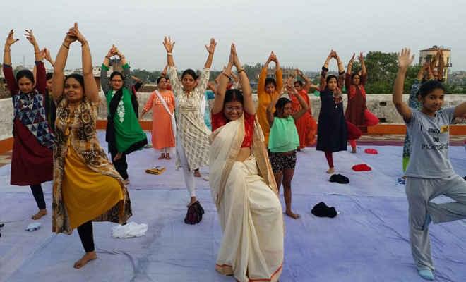 रक्सौल में एसएसबी व कई संस्थाओं ने मनाया अंतरराष्ट्रीय योग दिवस, शामिल हुए नेपाल के नागरिक भी