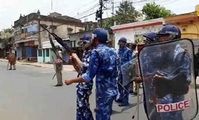 कोलकाता: तीसरे दिन भी हालात तनावपूर्ण, छावनी में तब्दील हुआ भाटपाड़ा