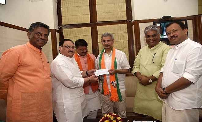 संसद भवन स्थित पार्टी कार्यालय में विदेश मंत्री एस जयशंकर ने ग्रहण की भाजपा की सदस्यता