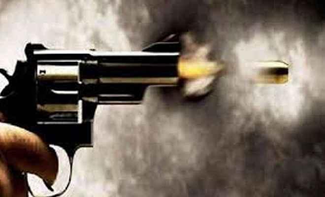 बेखौफ बदमाशों ने युवक को गोलियों से भूना, जांच में जुटी पुलिस
