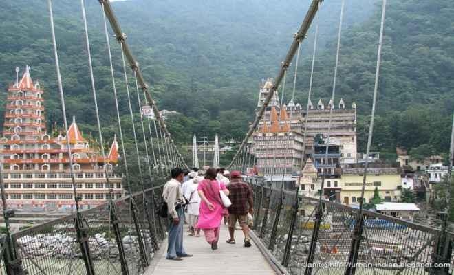ऋषिकेश के लक्ष्मण झूला पुल की मियाद खत्म, सरकार ने लिया वैकल्पिक पुल बनाए जाने का निर्णय