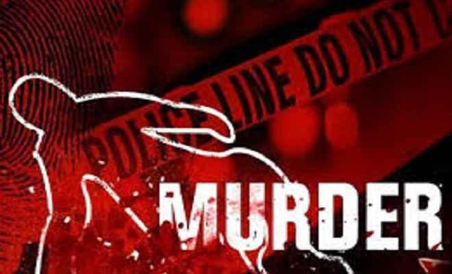 महुआटांड़ में टांगी से वारकर महिला को मौत के घाट उतारा, जांच में जुटी पुलिस