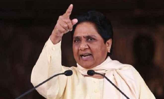 सोनभद्र हत्याकांड: अपनी नाकामियों को छिपा रही है प्रदेश सरकार: मायावती