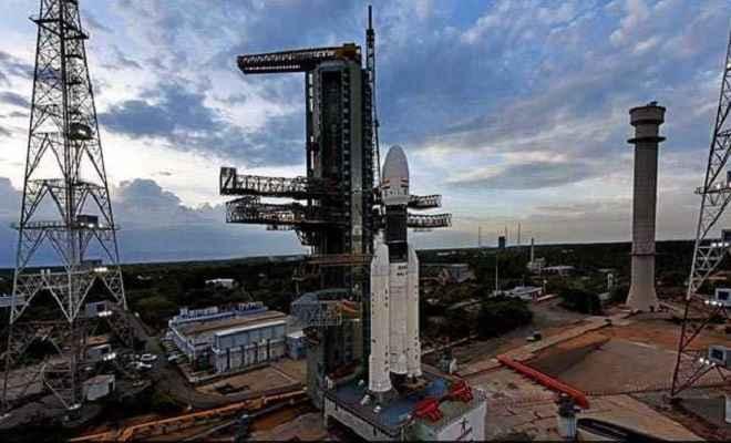 'चंद्रयान-2 की उल्टी गिनती शुरू, आज दोपहर 2:43 बजे होगी लॉचिंग