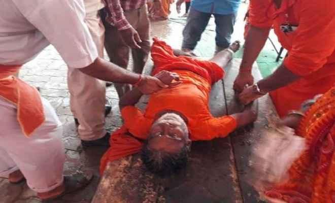 भीड़ के बेकाबू होने से अशोकधाम मंदिर में मची भगदड़, एक श्रद्धालु की मौत, कई अन्य घायल