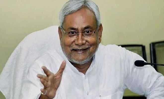 स्वतंत्रता दिवस के मौके पर मुख्यमंत्री नीतीश कुमार सात पुलिसकर्मियों को करेंगे सम्मानित