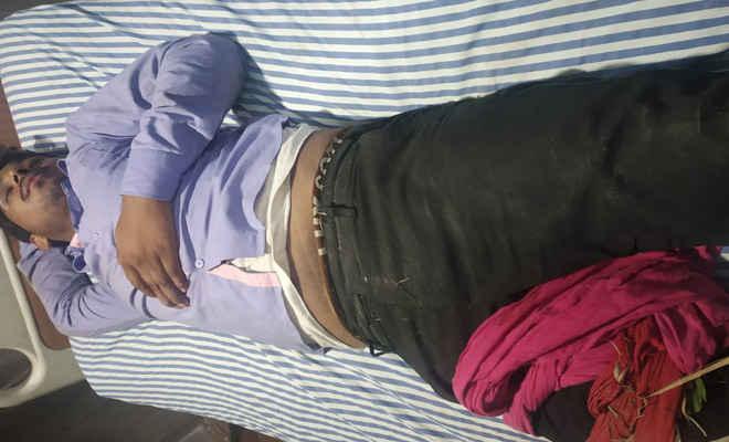मोतिहारी के लखौरा में देर शाम युवक को गोली मारी, निजी नर्सिंग होम में हो रहा इलाज