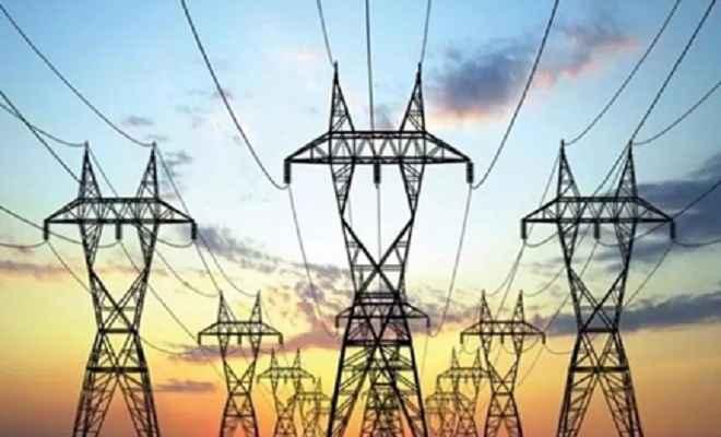 जिले में अघोषित बिजली कटौती से लोगों को जीना हुआ दुश्वार, महज शोपीस बने विद्युत उपकरण, उद्योग-धंधे चौपट
