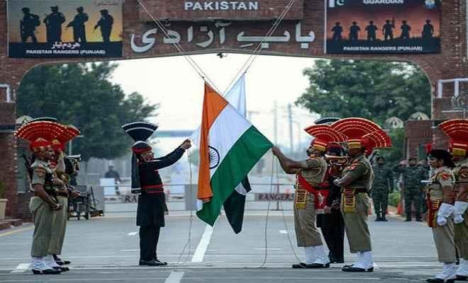 पाकिस्तान के स्वतंत्रता दिवस पर बीएसएफ और पाकिस्तानी रेंजर्स के बीच नहीं हुआ मिठाइयों का आदान-प्रदान