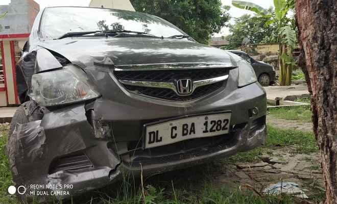 शराब कारोबारी व पुलिस के चूहा बिल्ली के खेल में दुर्घटना, होण्डा कार ने तीन लोगों को रौंदा, एक की मौत, दो घायल