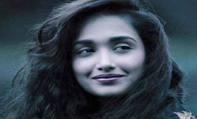 जिया खान सुसाइड मिस्ट्री पर बनेगी डॉक्युमेंट्री, तीन हिस्सों में खुलेंगे मौत के रहस्य