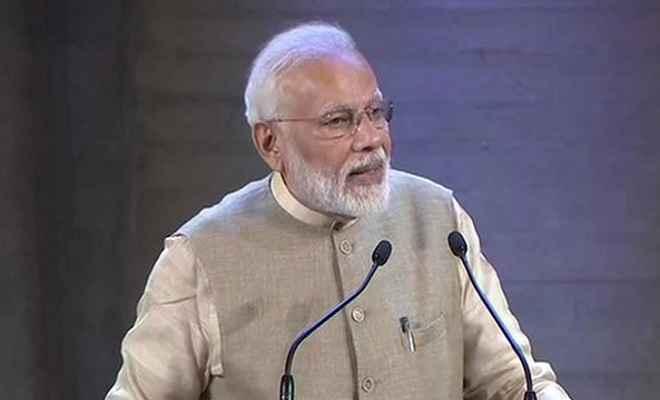 पेरिस में 370 पर बोले प्रधानमंत्री मोदी- अब भारत में कुछ भी टेम्परेरी नहीं होगा